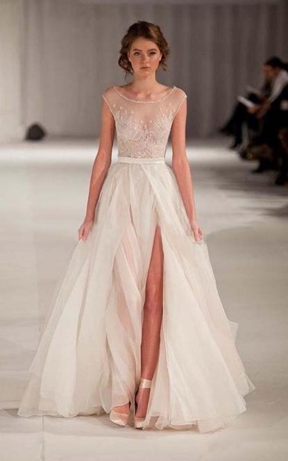 Floorlength Dress with Front Split
